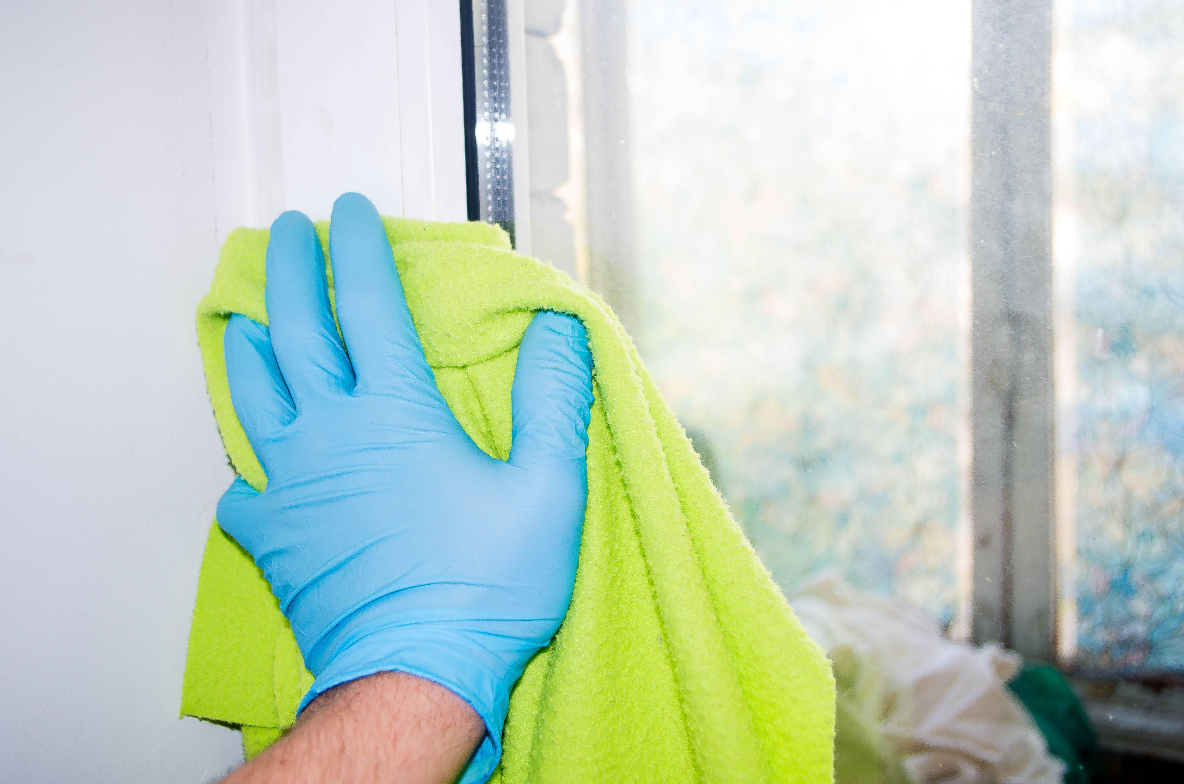 Как ухаживать за пластиковыми окнами собственными силами?