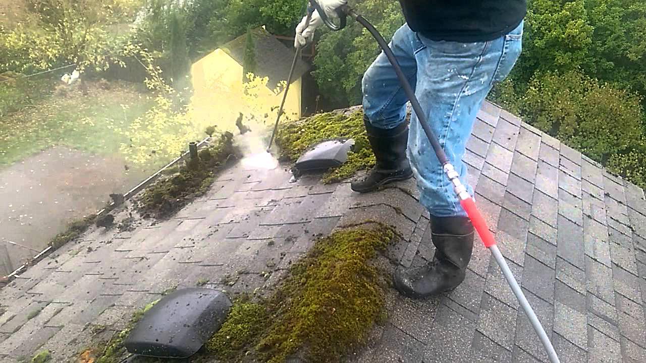 Удаление пыли с крыши